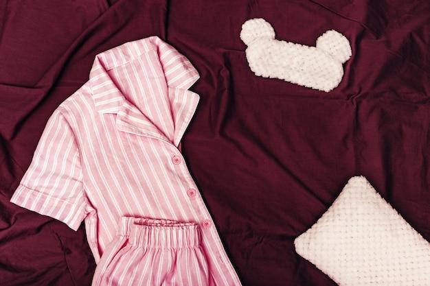 Roze pyjama voor meisjes, pluizig oogmasker om te slapen
