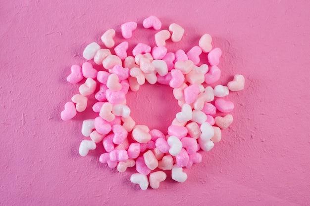 Roze schuim harten roze papieren achtergrond