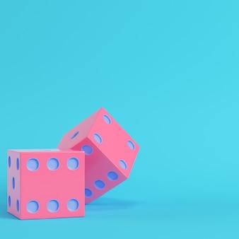 Roze twee dobbelstenen heldere blauwe achtergrond