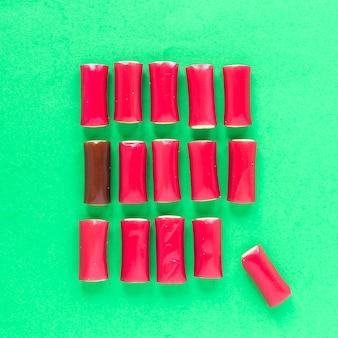 Roze vierkant van kaarsen