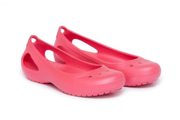 Rubberen sandalen geïsoleerd