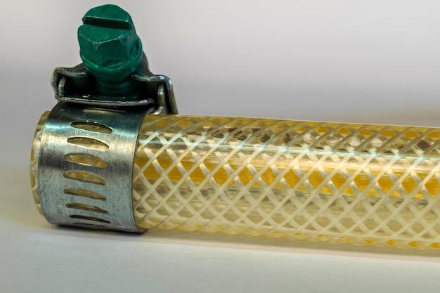 Rubberen slang voor gasfornuis met aansluiting