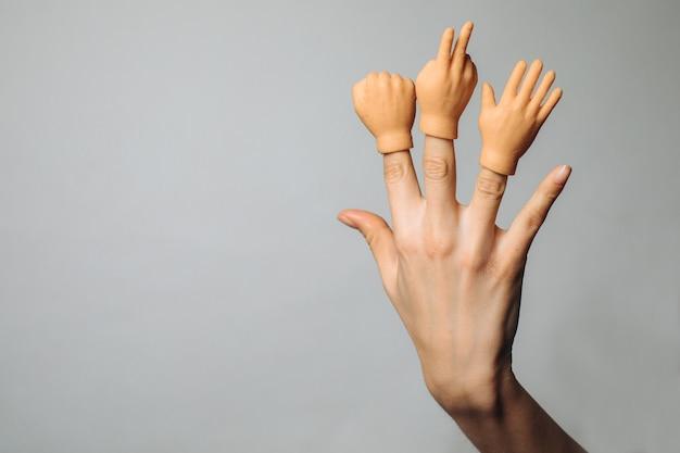 Rubberen vingertoppen met handgebaren