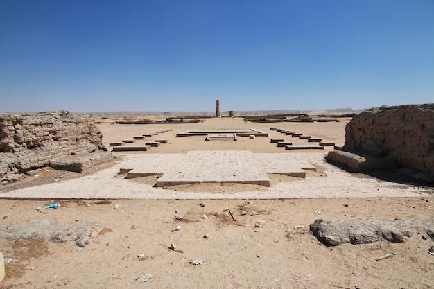 Ruïnes van het paleis in amarna, egypte