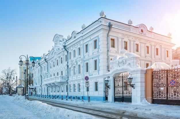 Rukavishnikov manor in nizhny novgorod op een winterse dag