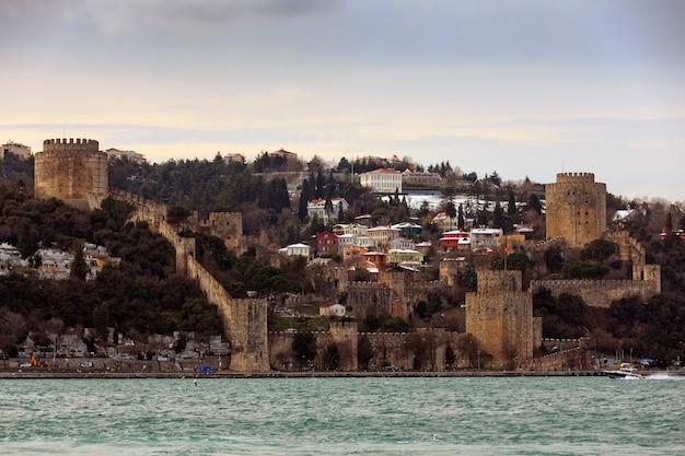 Rumeli fort in het voorjaar. istanbul