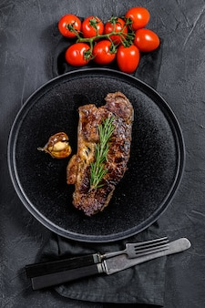 Rundersteak met lende. marmer premium rundvlees