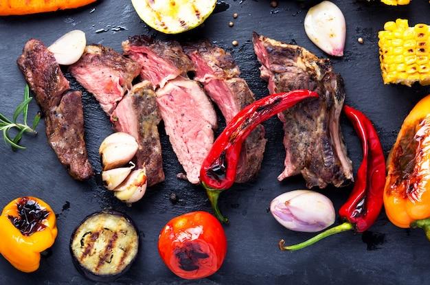 Rundvlees gegrilde steak