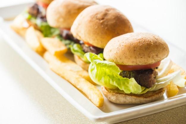 Rundvleesburger