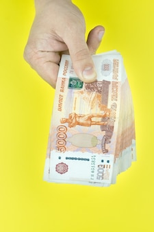 Russisch geld in de hand