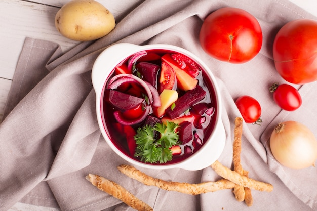 Russische traditionele borsjtsoep