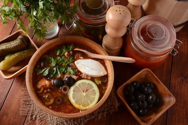 Russische traditionele soep