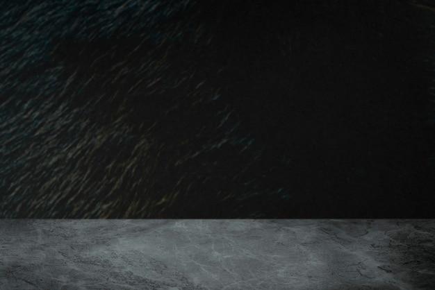 Ruwe donkergrijze cementmuur met marmeren vloerproductachtergrond