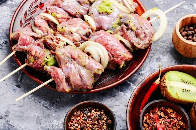 Ruwe shish kebab