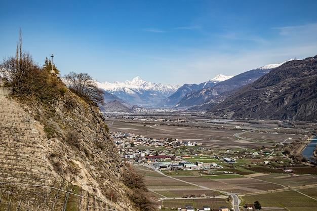 Saillon zwitserland bietschhorn en sion farinet-wandeling
