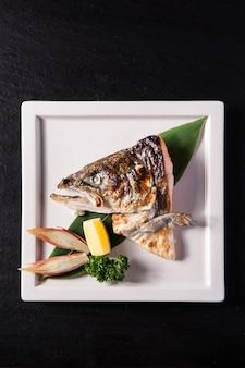 Sake kabuto, salmon head yakitori