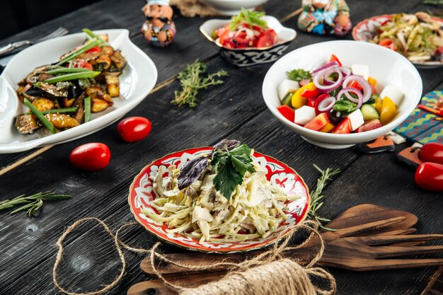 Salade augurk kip paddestoel griekse salade achichuk