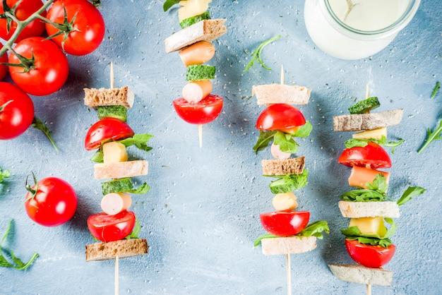 Salade broodjes spiesjes