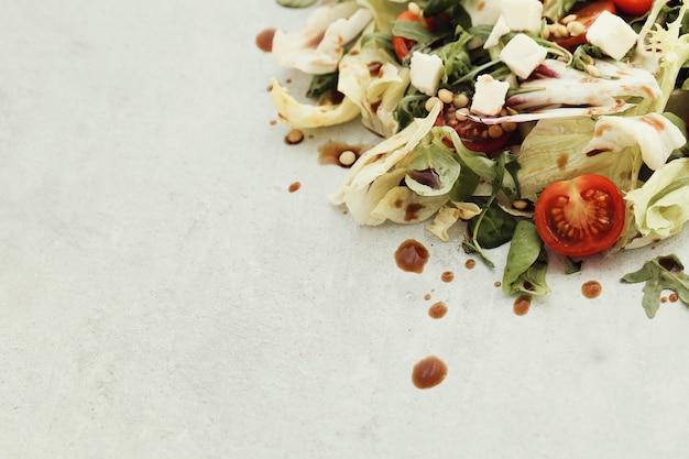 Salade met kerstomaatjes