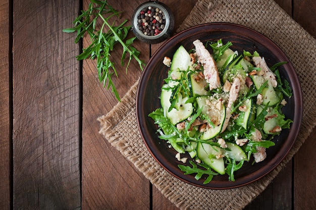 Salade met kip en courgette