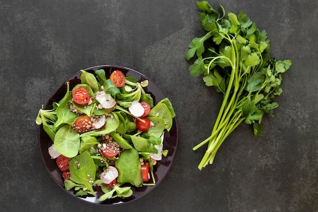 Salade met peterselie