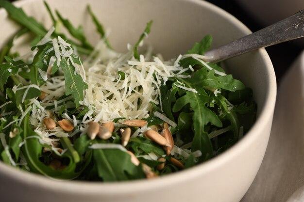 Salade rucola en parmezaanse kaas