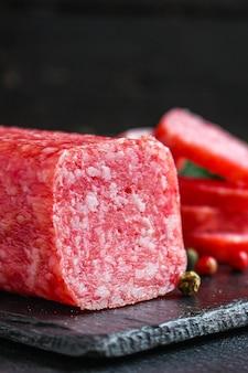 Salami vleesproduct worst