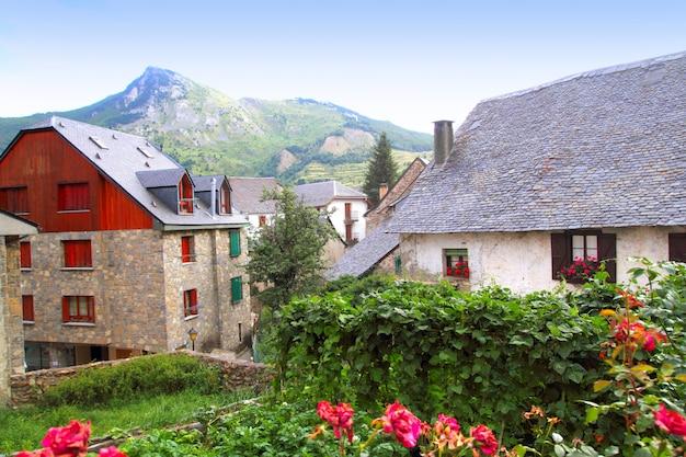 Sallent de gallego pyreneeën stenen dorp huesca