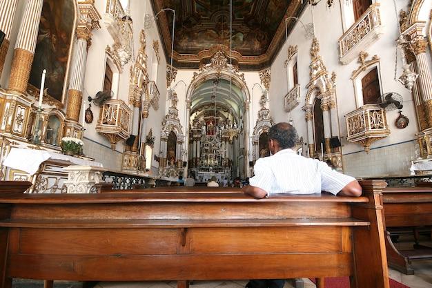 Salvador, brazilië - januari, 2017: igreja nosso senhor do bonfim kerk, salvador (salvador de bahia), bahia, brazilië, zuid-amerika.