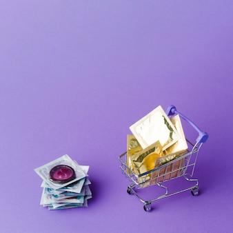 Samenstelling van anticonceptiemethode met klein winkelwagentje