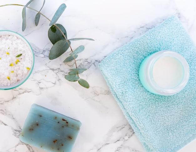 Samenstelling van badkamer- of spa-objecten