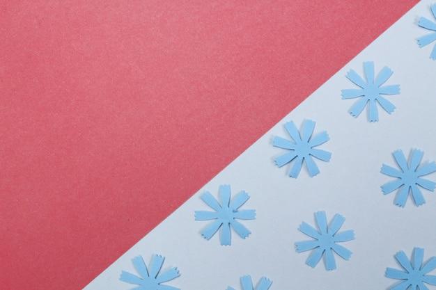Samenstelling van mockup frame met knutselpapier bloemen