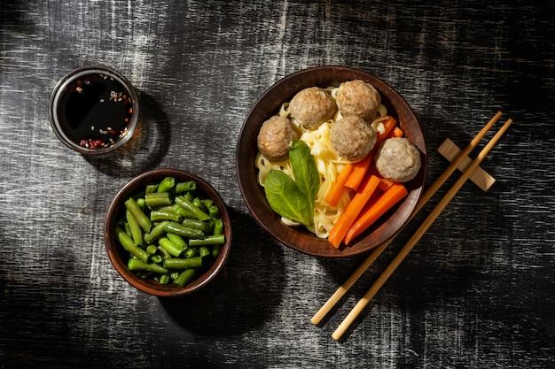 Samenstelling van traditionele indonesische bakso