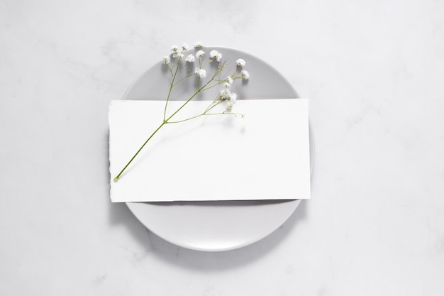 Samenstelling van witte tafelelementen