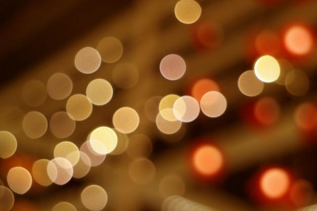 Samenvatting vaag binnenland verfraaide verlichting in bruine en oranje kleurengradaties