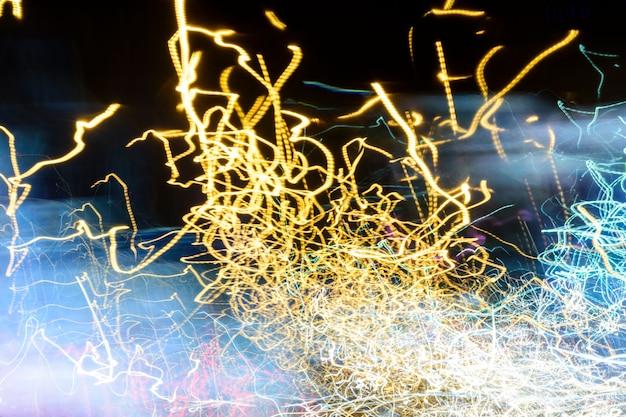 Samenvatting van het licht van de straatauto en straatlantaarn