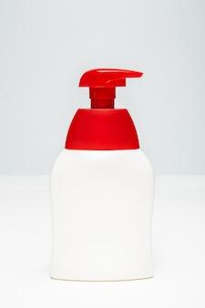 Sanitizer pomp plastic fles. mock up