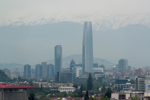 Santiago chili gedeeltelijk uitzicht op de stad op een bewolkte dag