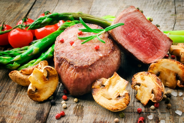 Sappige organische gegrilde biefstuk