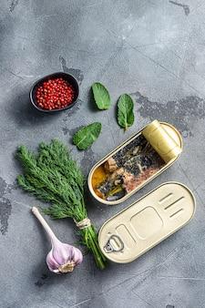 Sardinops in olie in ingeblikt voedsel