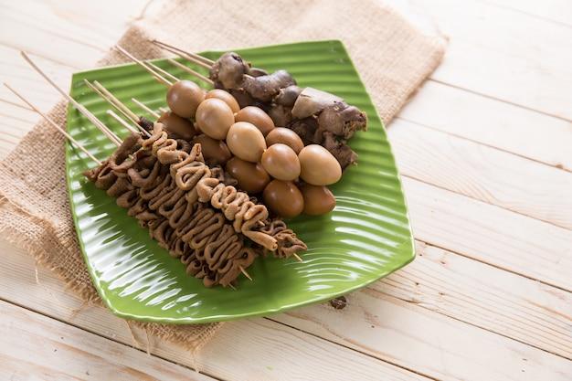 Sate usus indonesisch eten