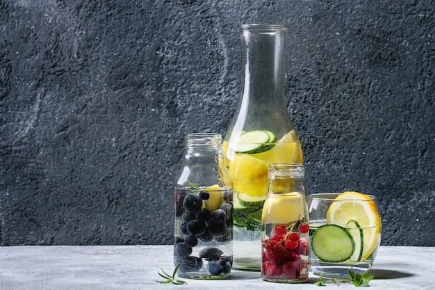 Sausachtig water van citrus komkommer