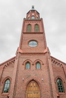 Savonlinna cathedral op een bewolkte dag