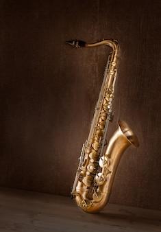 Sax gouden tenorsaxofoon vintage retro
