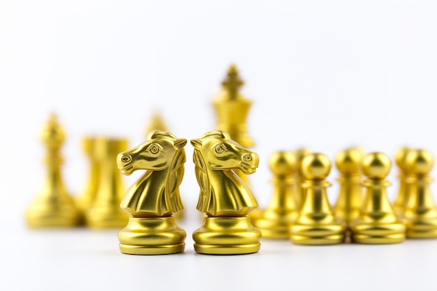 Schaak bordspel strategie, planning en besluit concept, zakelijke oplossingen voor succes.