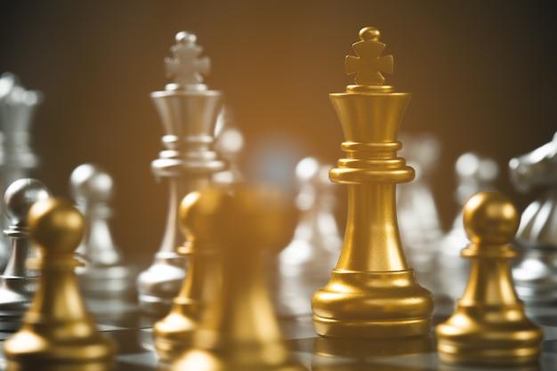 Schaakspel strategisch zakelijk leiderschap succesvol teamwerk. bedrijfsleider concept.