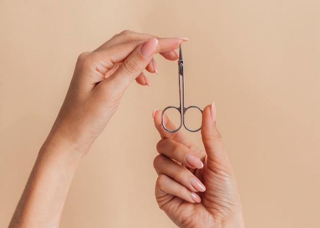 Schaar gezonde mooie manicure