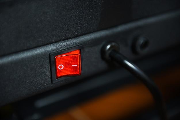Schakel uit in de elektronische apparaten