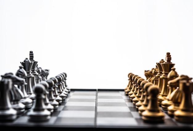 Schaken bordspel concept van zakelijke ideeën en concurrentie en stratagy plan succes betekenis