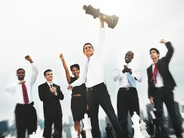 Schaken collega's corporate team solution group concept